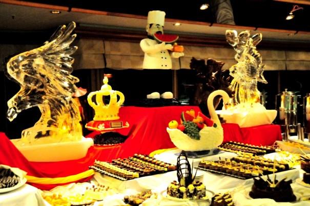 4チョコレートと氷の彫刻イベント