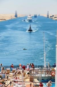 1スエズ運河船団