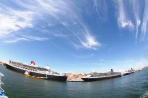 1女王3船並ぶ