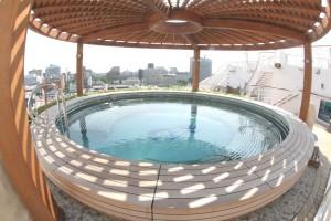002泉の湯屋外ホイールプール