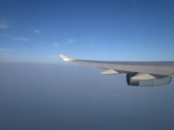 マカオ直行でも香港経由で気軽に行けます。