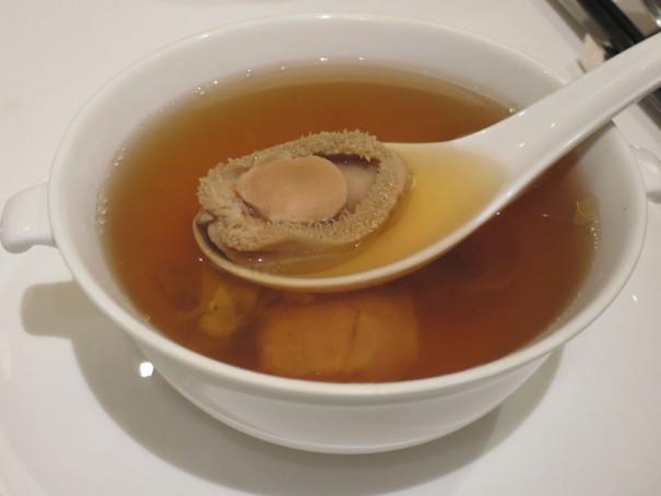 アワビの絶品スープ。