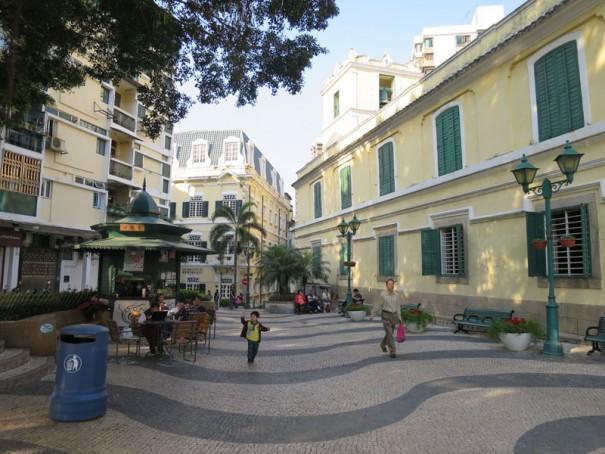 聖オーガスティン広場。ここも世界遺産のひとつ。