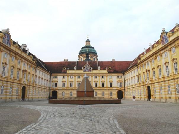 12メルク修道院