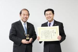 副本部長、原昭一郎さん(右)、コミュニケーション部部長、楳谷秀喜さん(左)