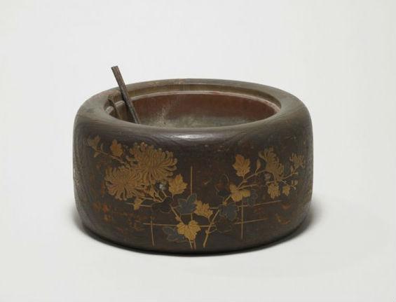 漱石の火鉢トリミング