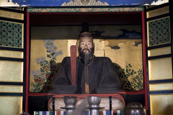 津軽家の菩提寺である長勝寺に安置される津軽為信像(通常非公開)。