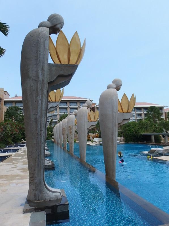 ムリアリゾートのプール。