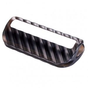 付属の「庖丁研ぎホルダー」。庖丁の峰を切れ込みに挟んで砥石に載せると刃の角度が常に一定になり、むらなく研げる。刃幅の狭いペティナイフにも対応するように切れ込みは2種類。約幅8×奥行き3.5×高さ1.5cm。