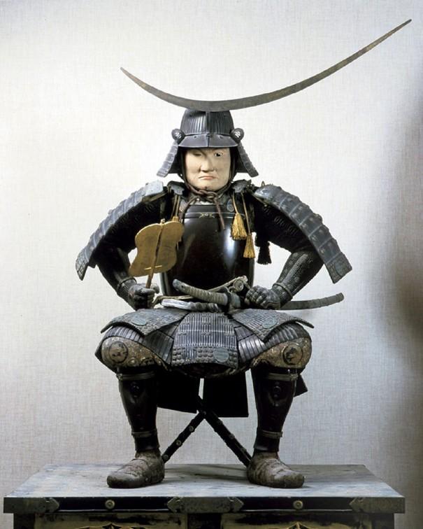 伊達政宗甲冑姿木像(瑞巌寺蔵)。幼少の頃、疱瘡を患い片目を失った政宗だったが、長じてからは健康管理に余念がなく、数えで70歳という長寿を全うした。