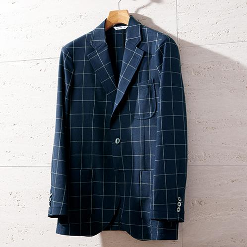 シャツのような軽い着心地が特徴。洗濯機洗いが可能。洗濯後も乾きが速い。