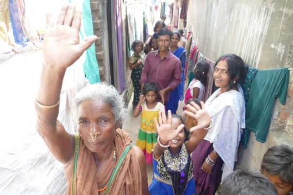 元気なインドの女性たち。