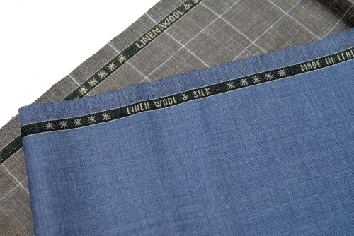 ウール・リネン&シルクで作られた夏用の洋服生地。写真のような明るめの色を選ぶと夏らしく、カジュアルな装いにも合わせやすい。