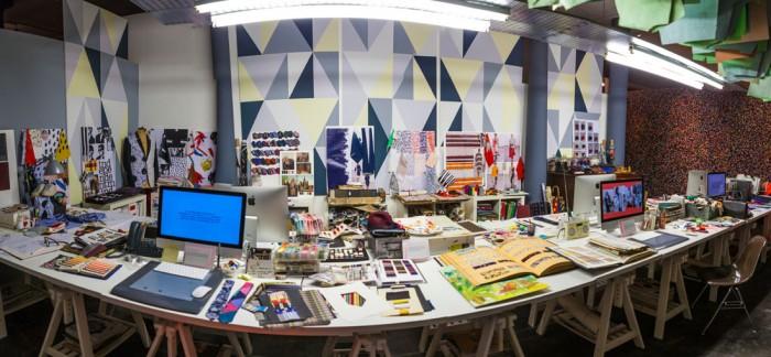 デザインスタジオ ⒸGee Whiz Digital