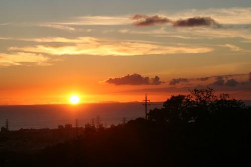 客室からは空を茜色に染める夕景も楽しめます。
