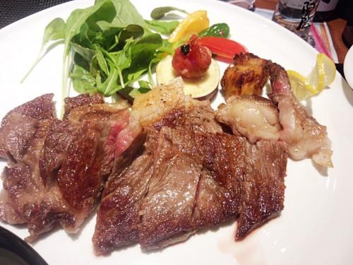 漢方和牛のステーキ。