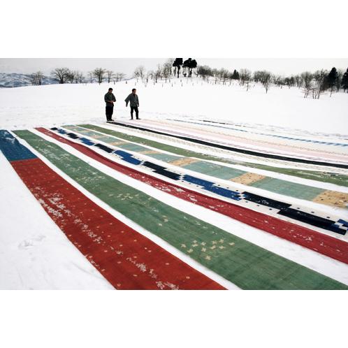 戦後以降、行なわれなくなった雪晒しの風景。今では祭りなど特別な行事でしか見られない。