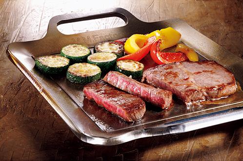 ステーキハウスの味を自宅で再現できる9mm厚の極厚鉄板