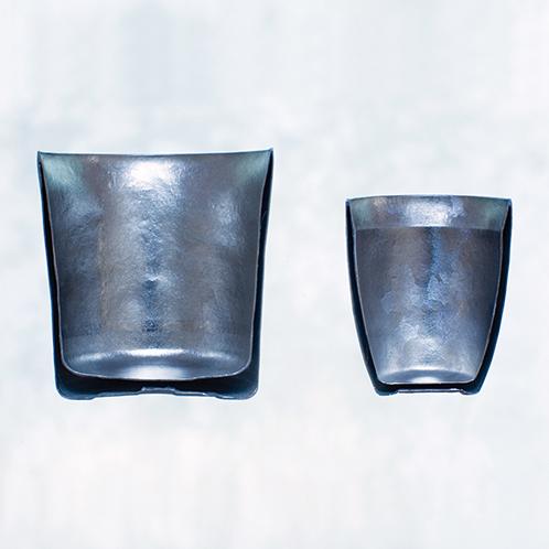 保冷力、保温力が一般的なガラス製に比べて高く、真空二重のため中身の温度は手に伝わらない。