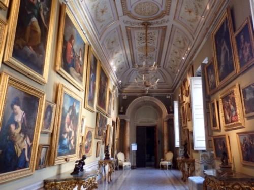 コルシーニ宮古典美術館。