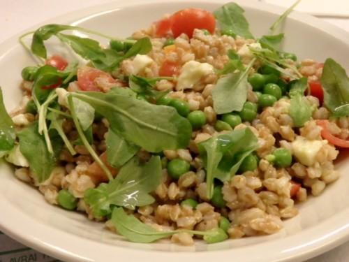スペルト小麦のサラダ。
