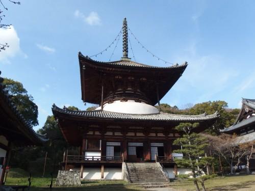 根来寺の国宝・大塔。