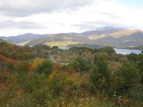 裏磐梯から眺める檜原湖。