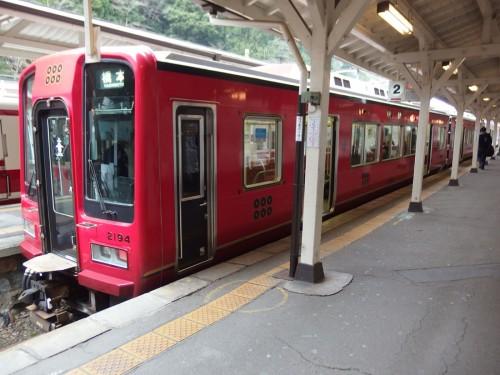 南海の真田赤備え列車。