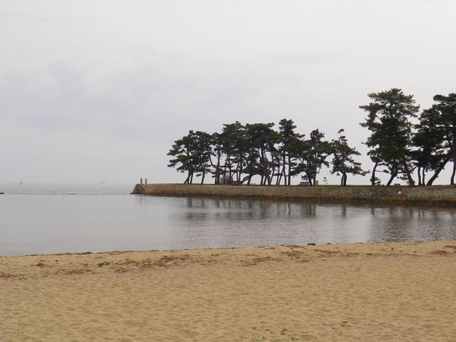高砂の浦を彷彿とさせる兵庫県の高砂海浜公園(高砂市高砂町向島)