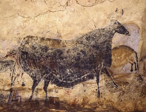実物大で再現される壁画「黒い牝ウシ」(C)SPL Lascaux international exhibition