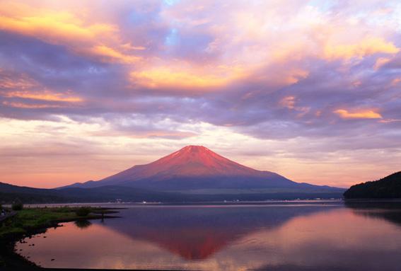赤富士、山中湖