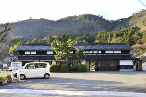 竹田駅と竹田城。