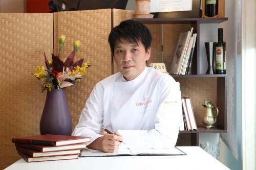 レストラン『エピキュール』の藤春シェフ