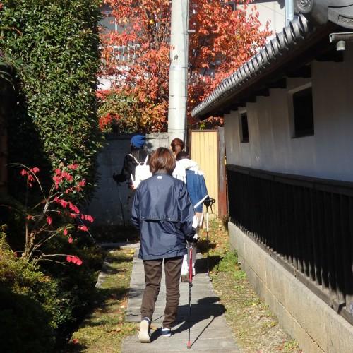 ノルディックウォーキングで上田の城下町を散策。