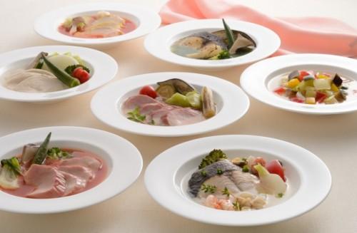 藤春シェフの「ケアリングフード」の思想が盛り込まれた高級冷凍食品「ヒルズ・エピキュール」の料理の数々(企画販売:ショップジャパン)
