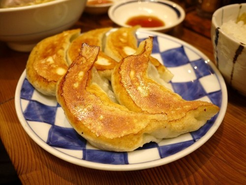 日本では焼き餃子が定番だが、中国では水餃子が一般的だ。