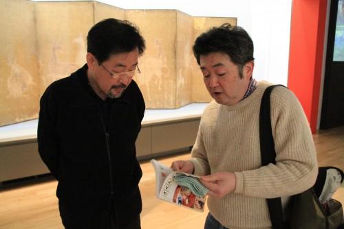 なんと、会場では美術史家で切手蒐集家としても名高い山下裕二さんと偶然に出会ってしまいました。切手の話題に大盛り上がりの2人でした。