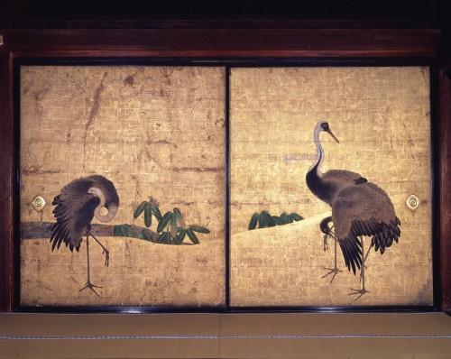 鶴の間に描かれた鶴の襖絵。