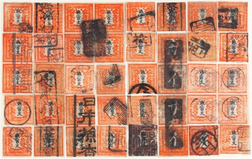 なんと、使用済みの200文切手でも復元シートを完成させた手嶋さん。まさに根気と情熱によって作り上げられたコレクションだ。