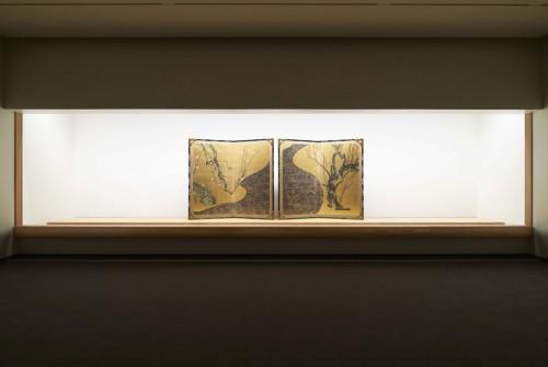 国宝「紅白梅図屏風」展示風景
