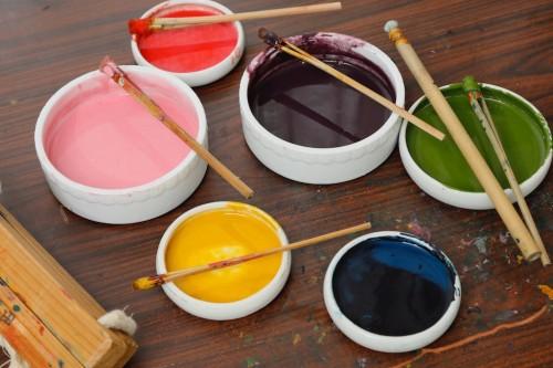 顔料は大豆の絞り汁、呉汁で溶いて使う。