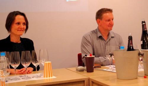 妻のイザベルとともに、今秋来日したフランク・パスカル。セミナーなどを行い、自らのシャンパーニュ造りの哲学を存分に語った。