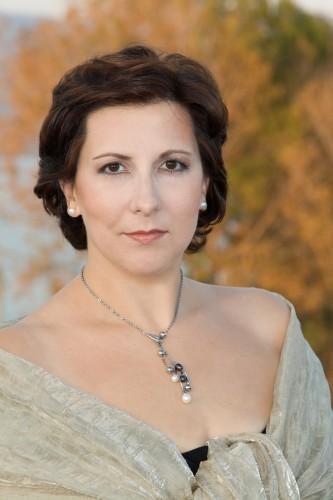 ファルノッキア Ms Serena Farnocchia 写真 20141025