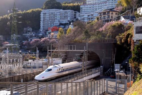 新幹線の新丹那トンネル
