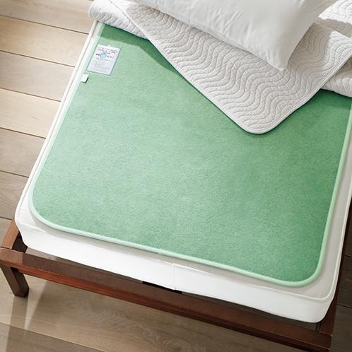 ベッド・布団用除湿マット「調湿くん」