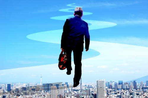 人生の楽園はまだ先!40~50代の6割は定年後も働きたい