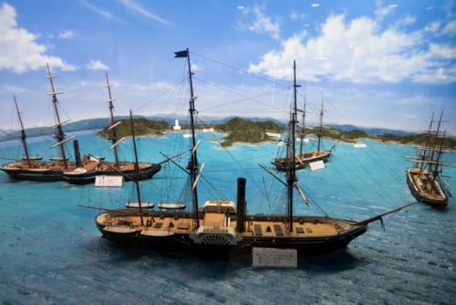 幕末の日本人の度肝を抜いたペリー艦隊(ペリー記念館のジオラマ)