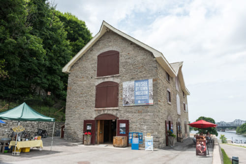 オタワで最も古い石造りの建物でもあるバイタウン博物館