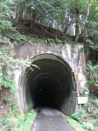 夏焼第2トンネルの入り口