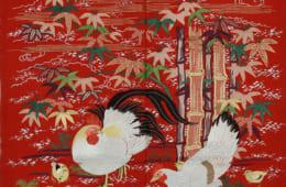 掛袱紗(紅縮緬地竹に鶏文刺繡) 德川記念財団蔵 展示期間:2月5日~3月3日